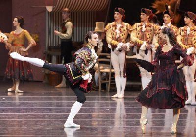Don Quijotte/ ch.Rudolf Nurejew, with Gala Jovanovic, photo Michel Pöhn